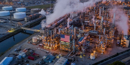 An aerial view shows Marathon Petroleum Corp's Los Angeles Refinery, the state's largest producer of gasoline, as oil prices have cratered with the spread of the coronavirus pandemic on April 22, 2020 in Carson, California.