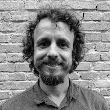 Denis Russo Burgierman