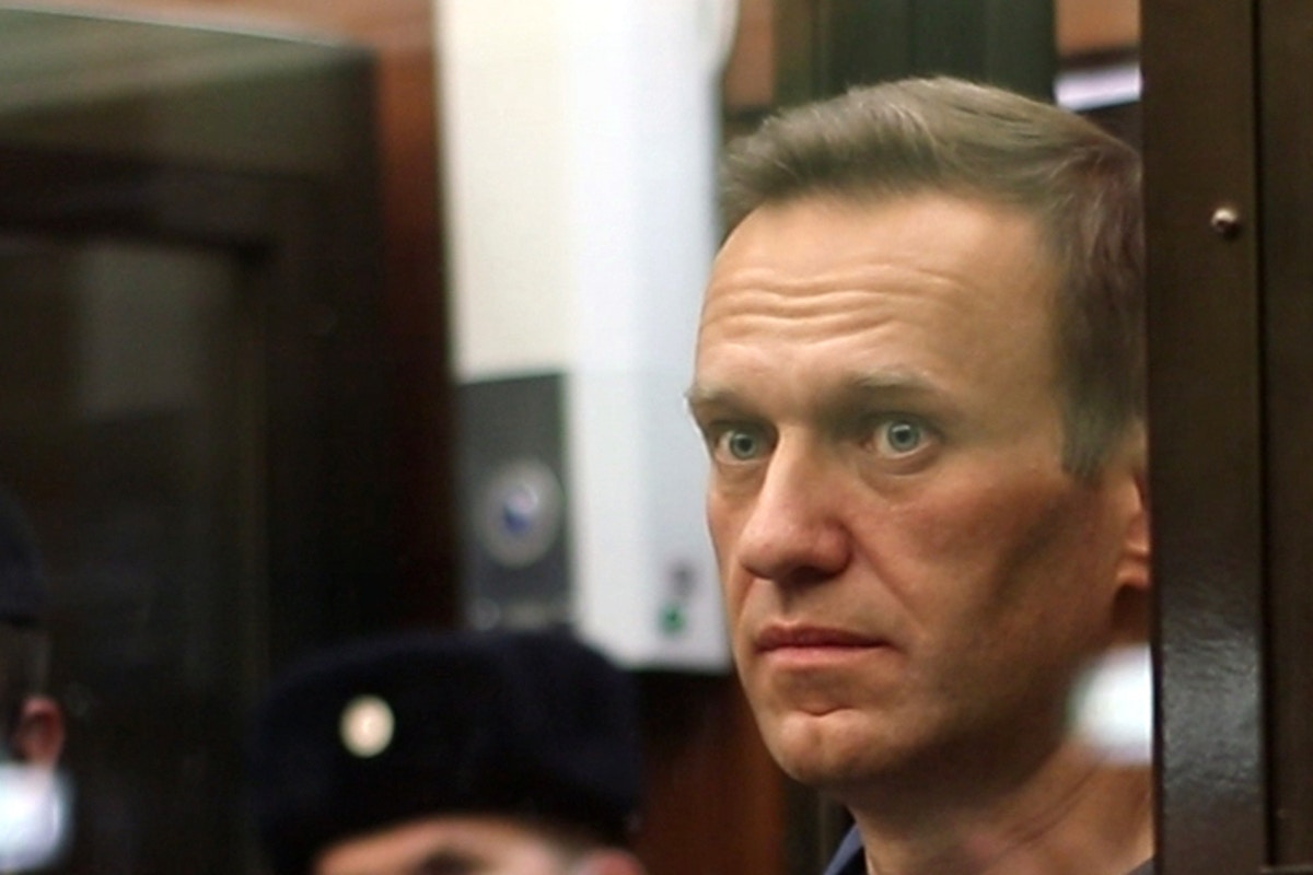 Russia Moves to Stifle Dissent After Poisoned Putin Critic Alexey Navalny Is Sentenced