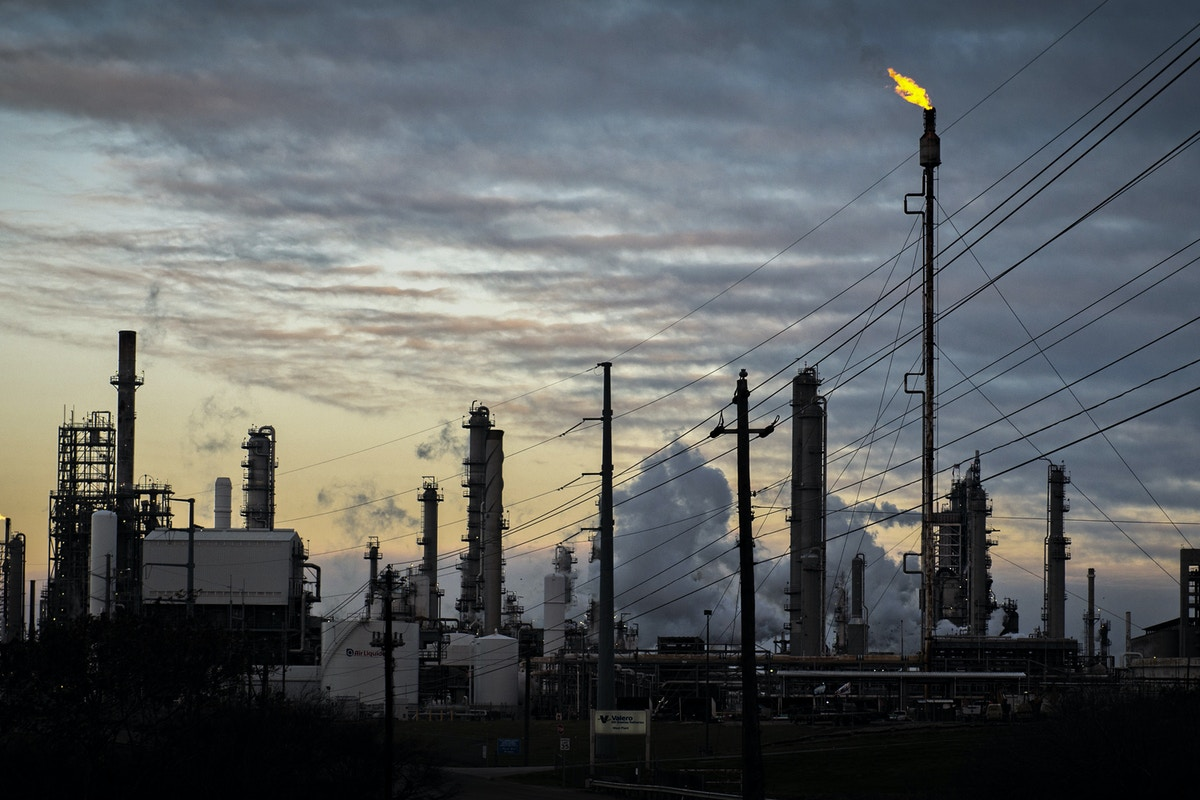 Corporate Subsidy Quietly Dies in Texas ? Topping Off Bad Week for Big Oil