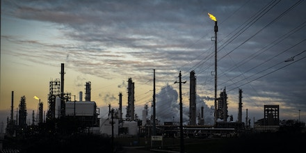 A Valero Energy Corp. refinery in Corpus Christi, Texas, U.S., Friday, Feb. 19, 2021. Natural gas futures fluctuated Friday as an energy crisis plaguing the central U.S.easedamid an outlook for milder weather and a decline in blackouts. Photographer: Eddie Seal/Bloomberg via Getty Images