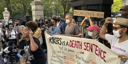 A rally protesting Rikers Island at City Hall in New York on Sept. 15, 2021.