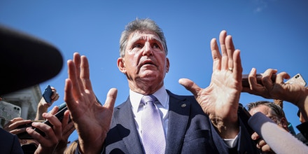WASHINGTON, DC - SEPTEMBER 30:  Sen. Joe Manchin (D-WV) speaks to reporters outside of the U.S. Capitol on September 30, 2021 in Washington, DC. The Senate is expected to pass a short term spending bill to avoid a government shutdown. (Photo by Kevin Dietsch/Getty Images)