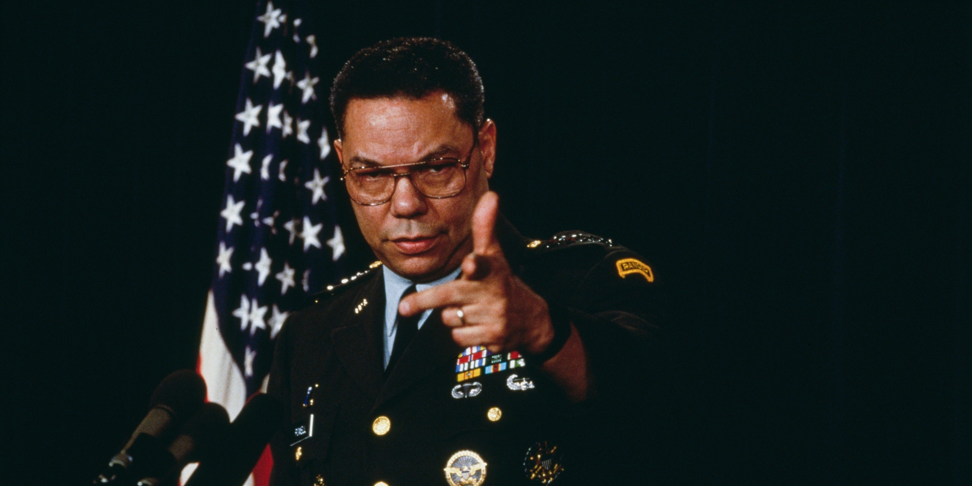Colin Powell gives a briefing on Jan. 17, 1991.